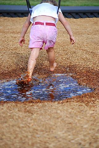 Owen splashing