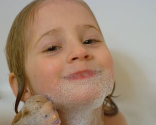 Bath bubble beard
